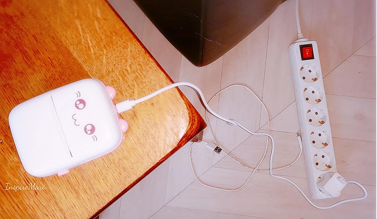 Charging the mini pink pocket printer